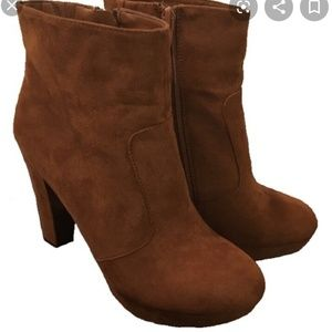 *I'm moving* Mossimo Faux Suede Booties